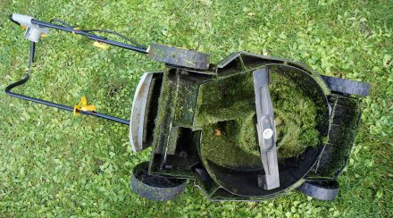 Are Lawn Mower Blades Universal?